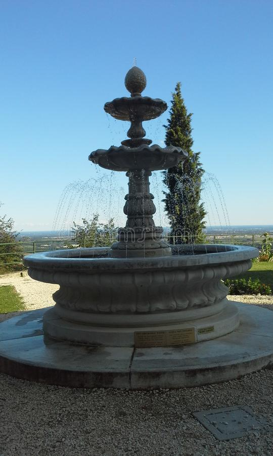 Fantastisk springbrunn royaltyfria foton