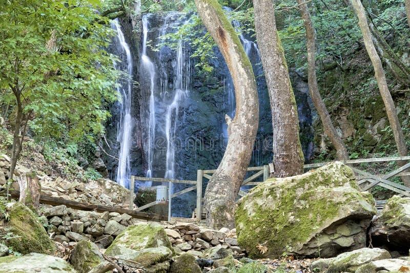 Fantastiska vattenfall, Strumica, Makedonien arkivbild