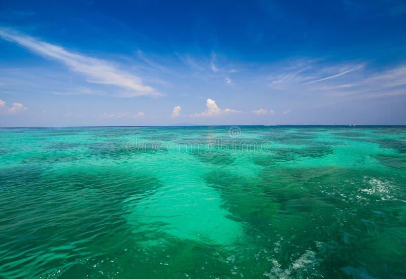 Fantastiskt landskap för havsbakgrund arkivfoto