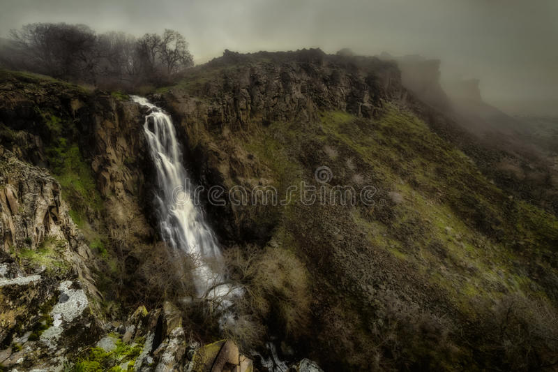 Fantasy Falls. I made a quick day trip to the Columbia River Gorge about a week ago. I have not explored this area too much mainly because I was turned off by stock images