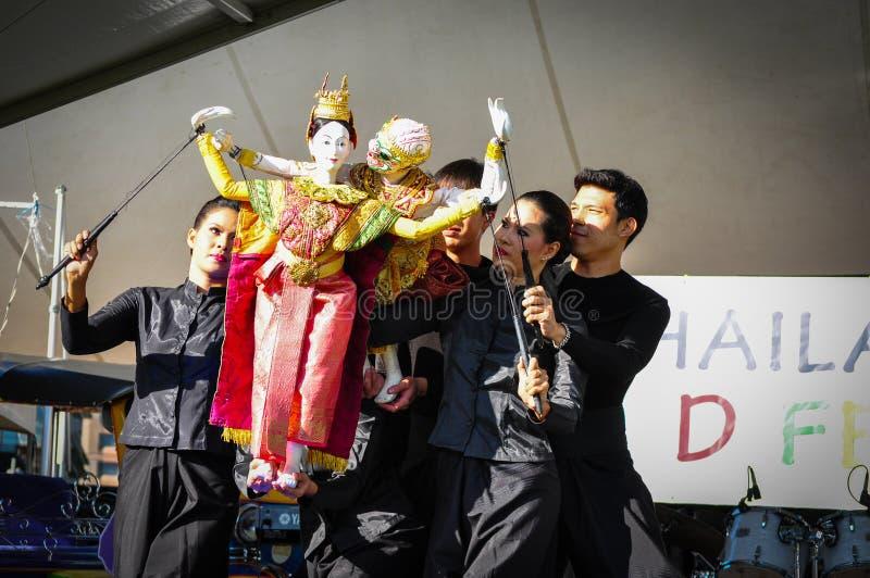 Fantoche tailandês que mostra a história do caráter hindu de Hanuman Ramayana das epopeias nos acontecimentos anuais do festival  fotos de stock royalty free