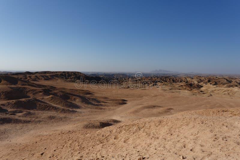 fantrastic纳米比亚moonscape风景全景  免版税库存照片