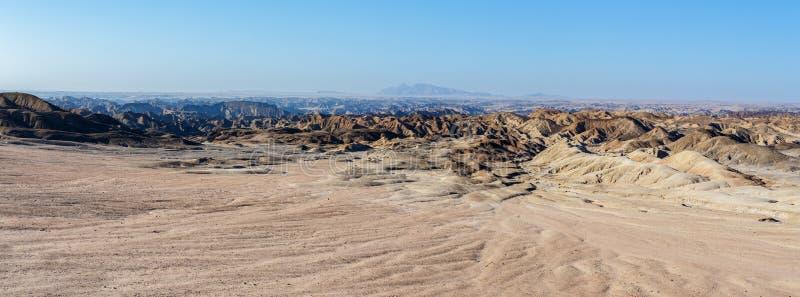 Fantrastic纳米比亚moonscape风景, Eorngo 免版税库存图片