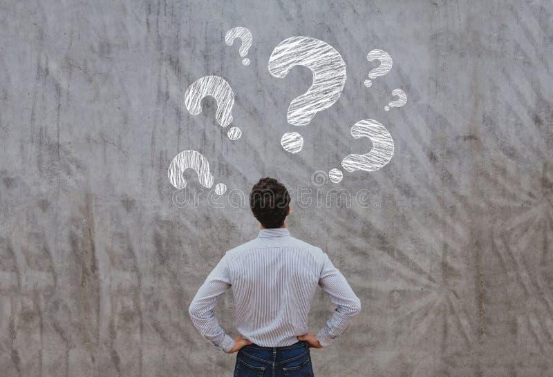 Faq-begreppet, frågar frågor fotografering för bildbyråer