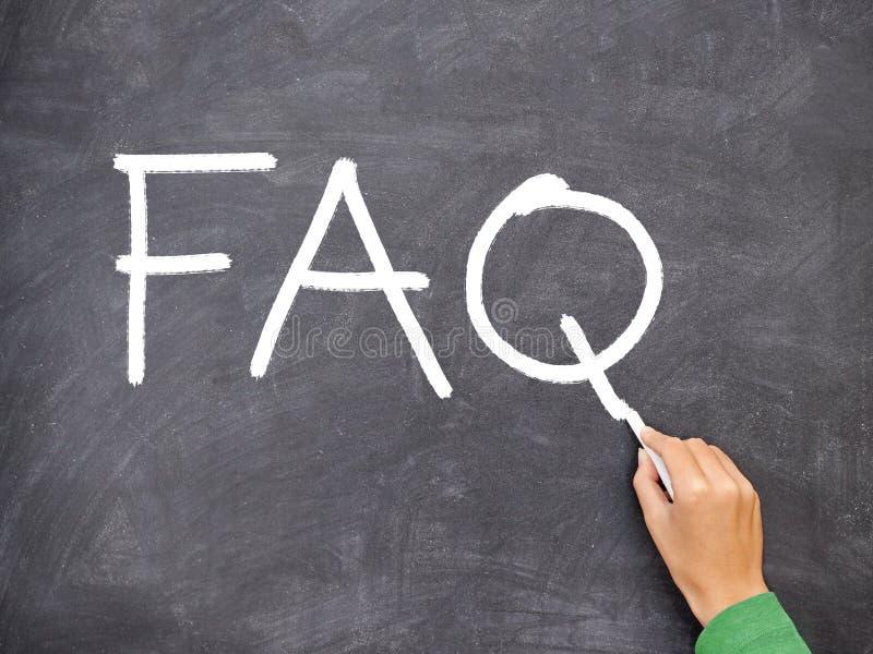 FAQ, pizarra de la pregunta fotografía de archivo libre de regalías