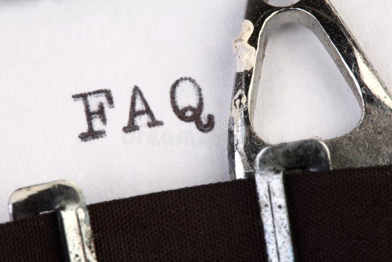 FAQ sulla vecchia macchina da scrivere immagine stock libera da diritti