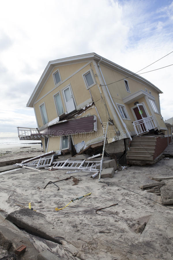 Download Far Rockaway After Hurricane Sandy Editorial Stock Photo - Image: 27489088