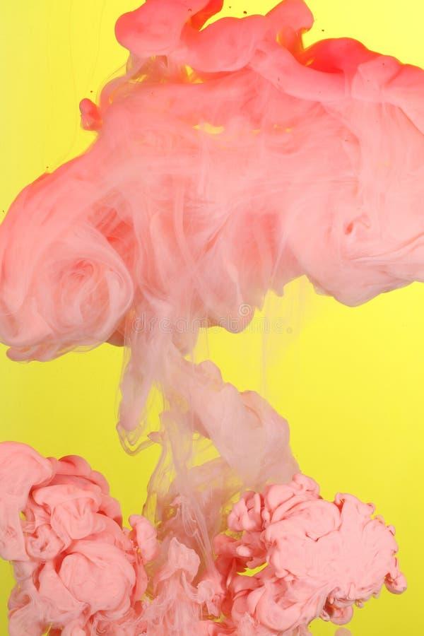 farb obłoczne menchie fotografia stock