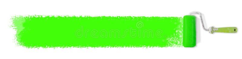 Farba rolownik z zieloną farbą odizolowywającą nad białym tłem zdjęcie stock