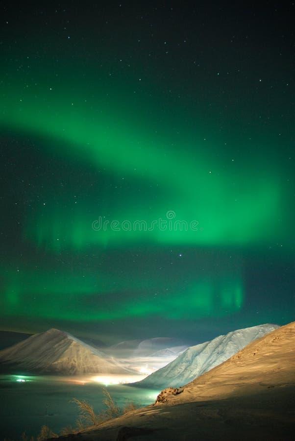 Farbband des Aurorapolarsternes stockfotografie