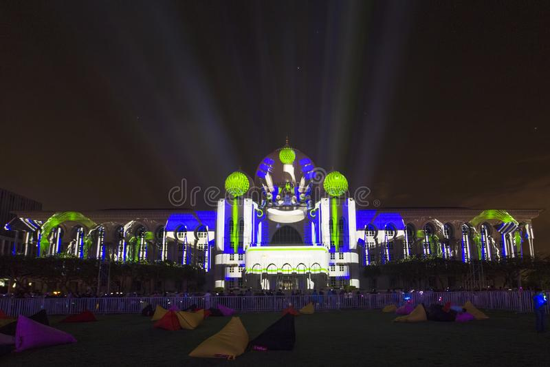 Farbe des Lichtes in Putrajaya Malaysia stockbild