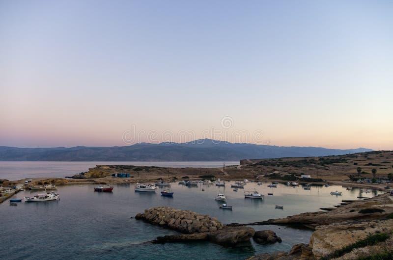 Farben des frühen Morgens über Ano Koufonisi-Insel, die Kykladen stockbilder