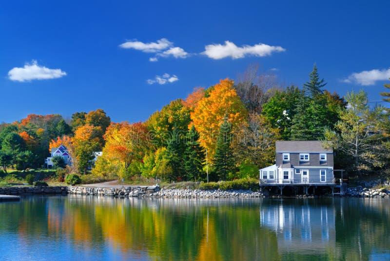 Farben des indischen Sommers, Maine lizenzfreie stockbilder