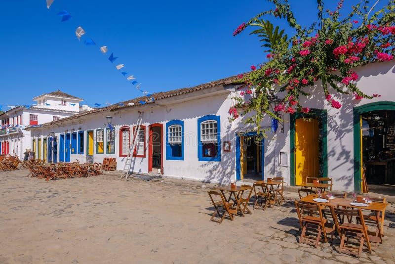 Farbenfrohe Häuser des historischen Zentrums in der Kolonialstadt Paraty, Rio de Janeiro, Brasilien lizenzfreies stockfoto