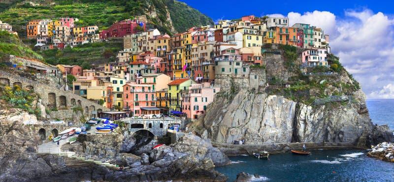 farbenprächtiges Dorf Manarola in der berühmten Cinque Terre in Ligurien, Reise und Sehenswürdigkeiten Ligurien. lizenzfreie stockbilder