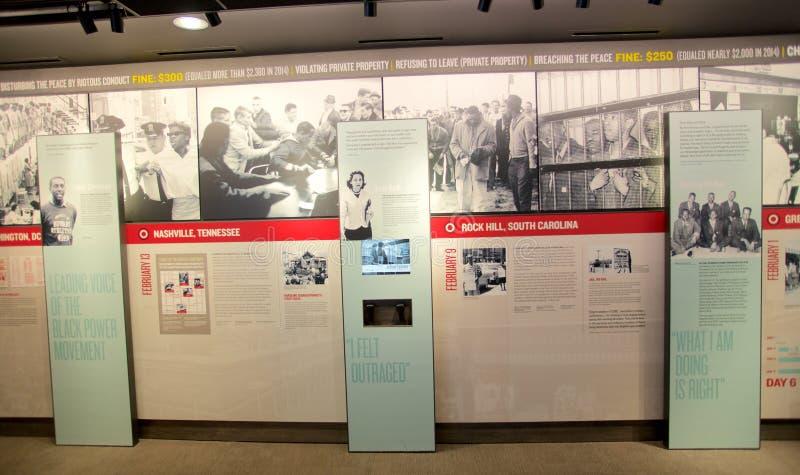 Farbenreiche Wand-Ausstellung innerhalb des nationalen Bürgerrecht-Museums bei Lorraine Motel stockbild