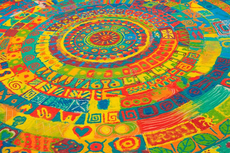 Farbensand-Mandala stockfotos