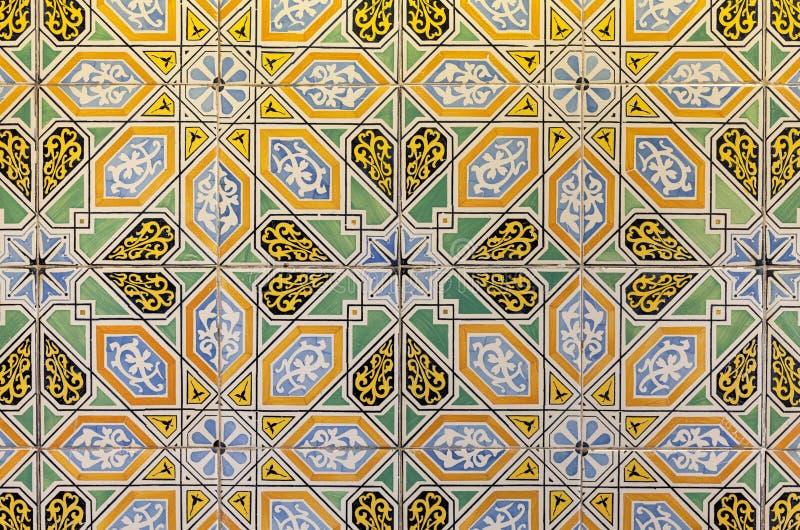 Farbige dekorative Fliesen Vibrierender Retro- Weinlesehintergrund lizenzfreies stockbild