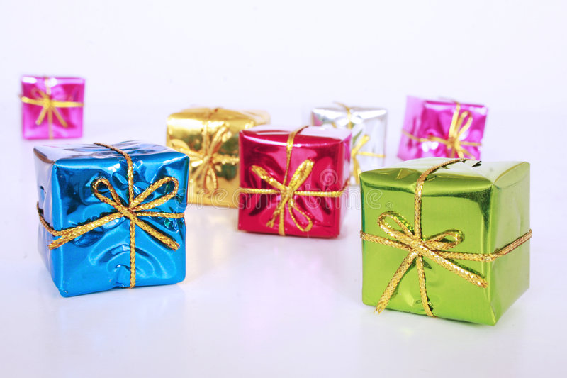 Farbige Geschenke lizenzfreies stockbild