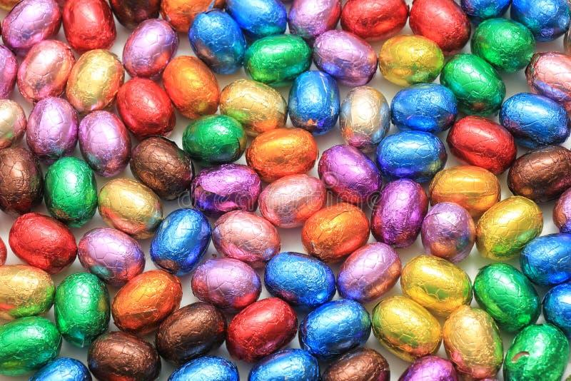 Farbige SchokoladenOstereier stockfotografie
