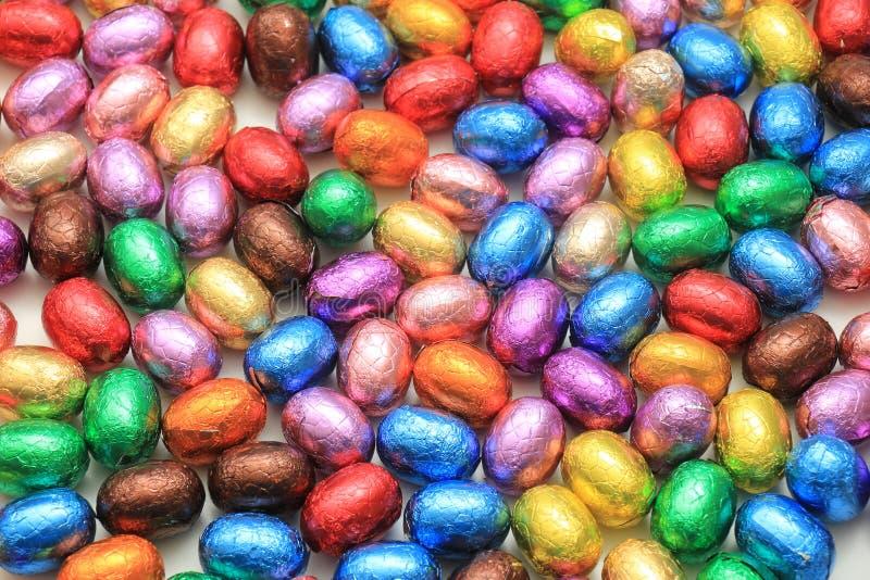 Farbige SchokoladenOstereier lizenzfreies stockfoto