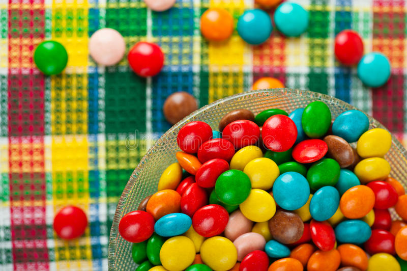 Farbige Schokoladensüßigkeit lizenzfreies stockbild