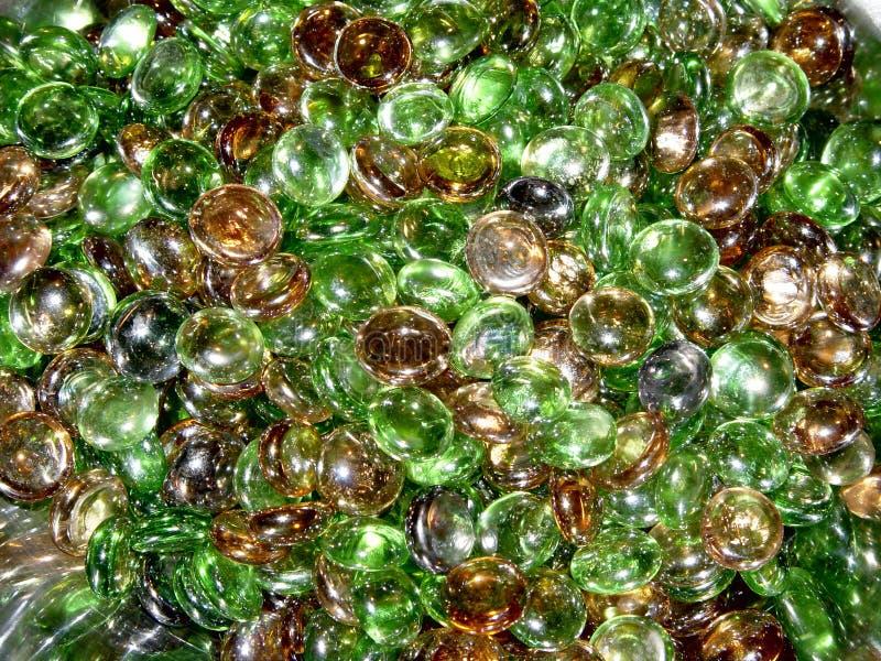 Farbige Stücke rundes Glas lizenzfreie stockbilder