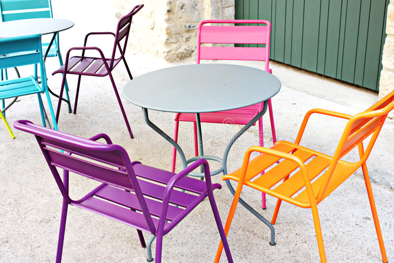 Farbige Stühle lizenzfreie stockbilder
