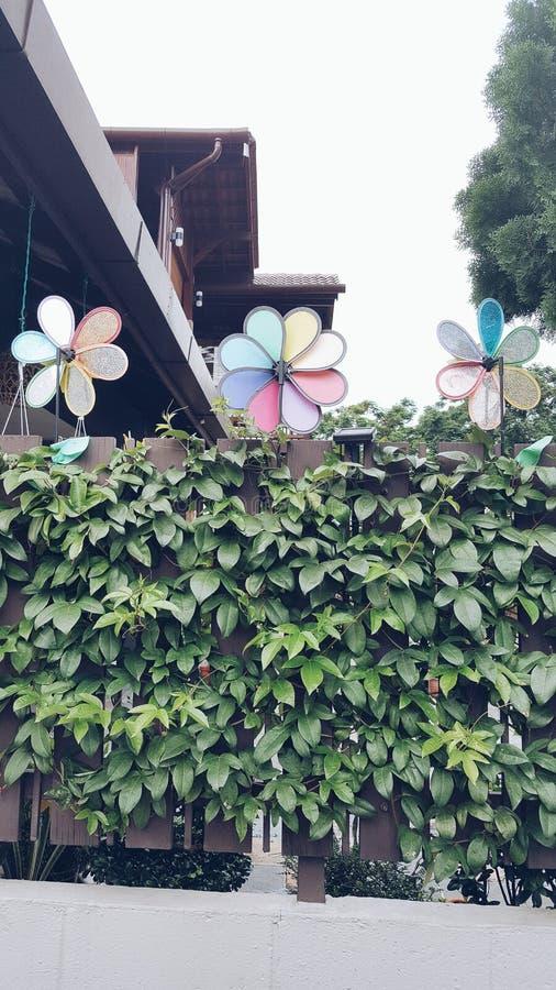 Farbiges Windmühlen ðŸ'šðŸ'™ 🛠ðŸ'œâ  ¤ lizenzfreies stockfoto