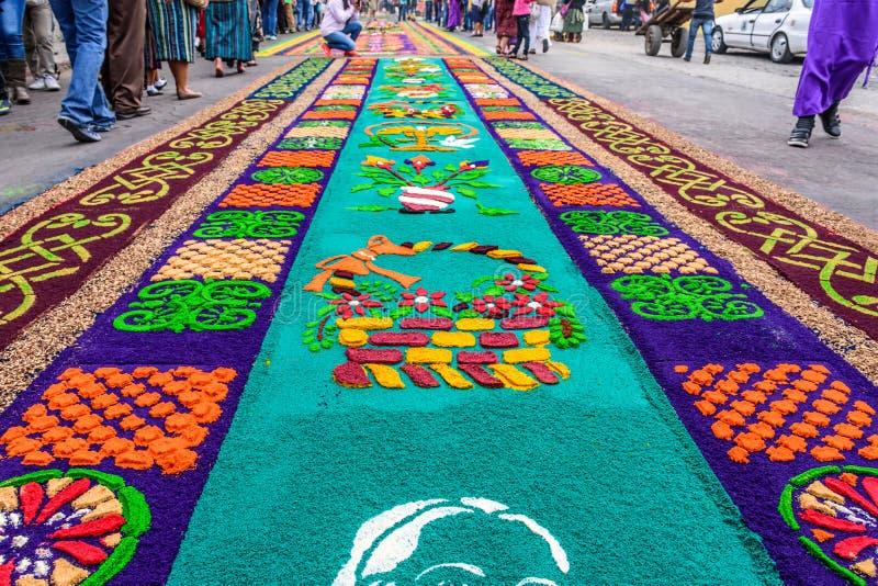 Farbujący trociny Pożyczał dywany, Antigua, Gwatemala obraz stock