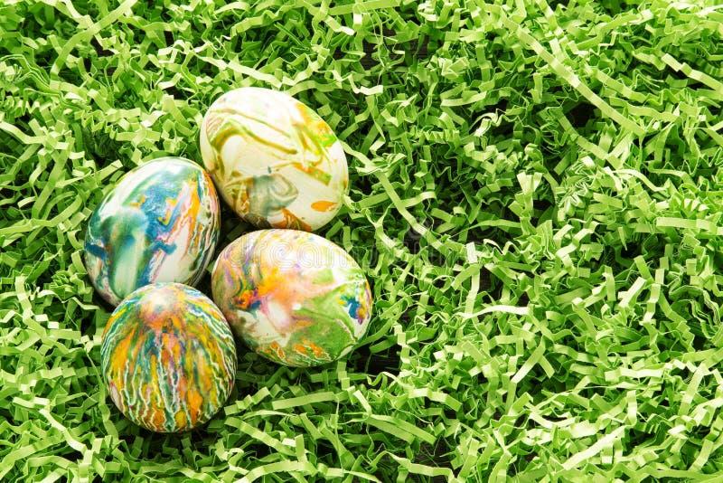 Farbujący Wielkanocni jajka zdjęcie royalty free