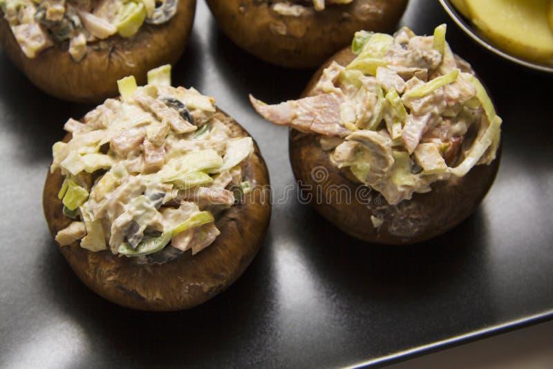Farcichampignons met aardappel royalty-vrije stock afbeelding