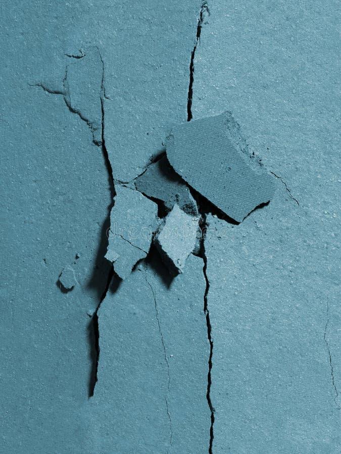 Fard à paupières bleu écrasé au milieu photos libres de droits
