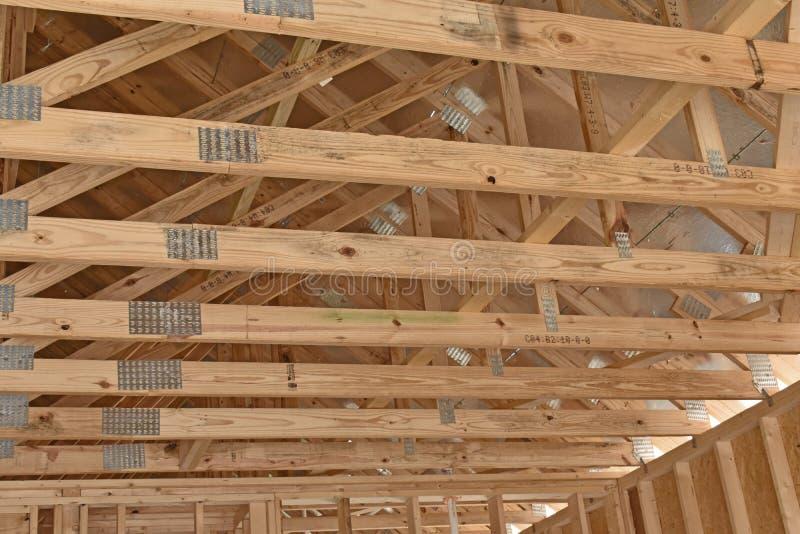 Fardos home residenciais da casa pré-fabricada da construção foto de stock royalty free