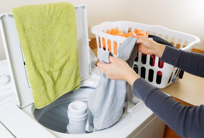 Fare la lavanderia immagine stock libera da diritti