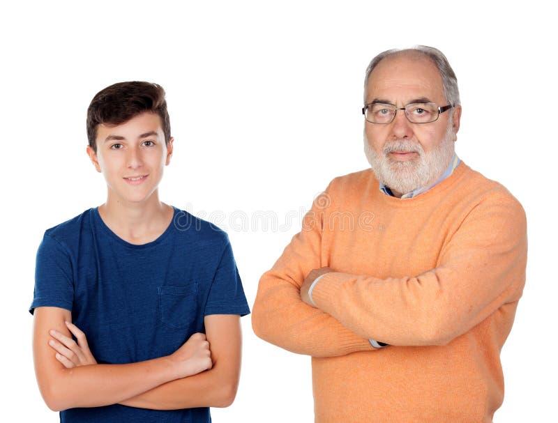 Farfar och barnbarn royaltyfria foton