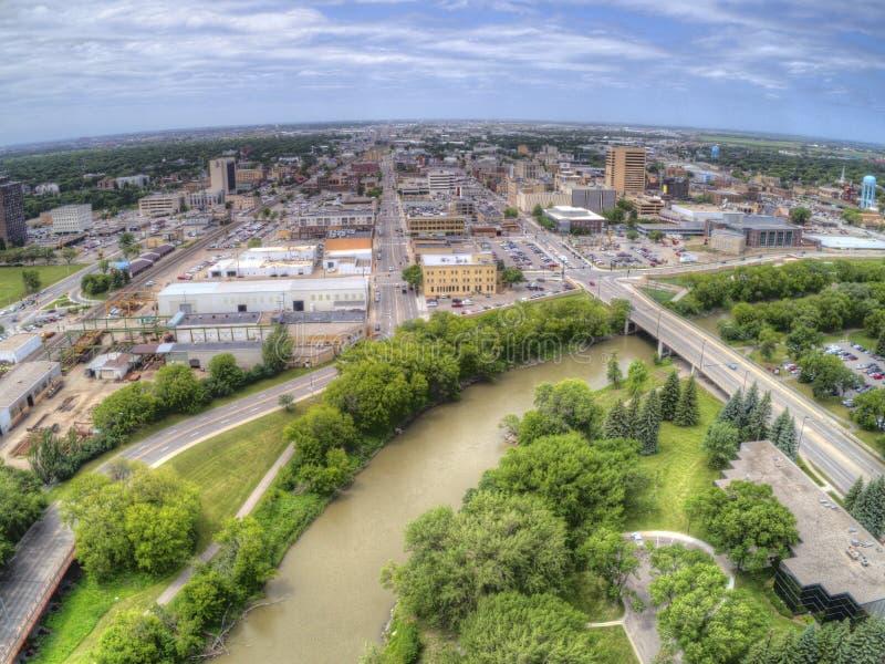 Fargo is de grootste Stad in Noord-Dakota op de Rode Rivier stock afbeeldingen
