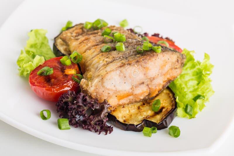 Download Farina di pesce immagine stock. Immagine di alimento - 117977225