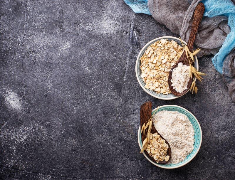 Farine gratuite d'avoine de gluten photographie stock
