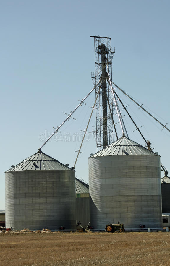 Download Farm Silos Royalty Free Stock Image - Image: 13469586