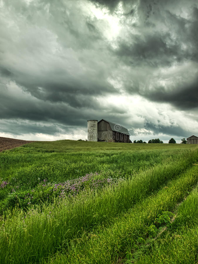 Download Farm And Threatening Stormy Sky Stock Image - Image: 31416353