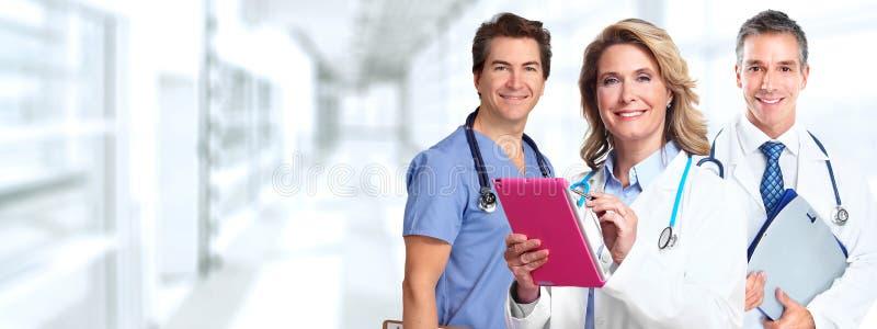 Farmacêutico do doutor com tablet pc imagem de stock royalty free