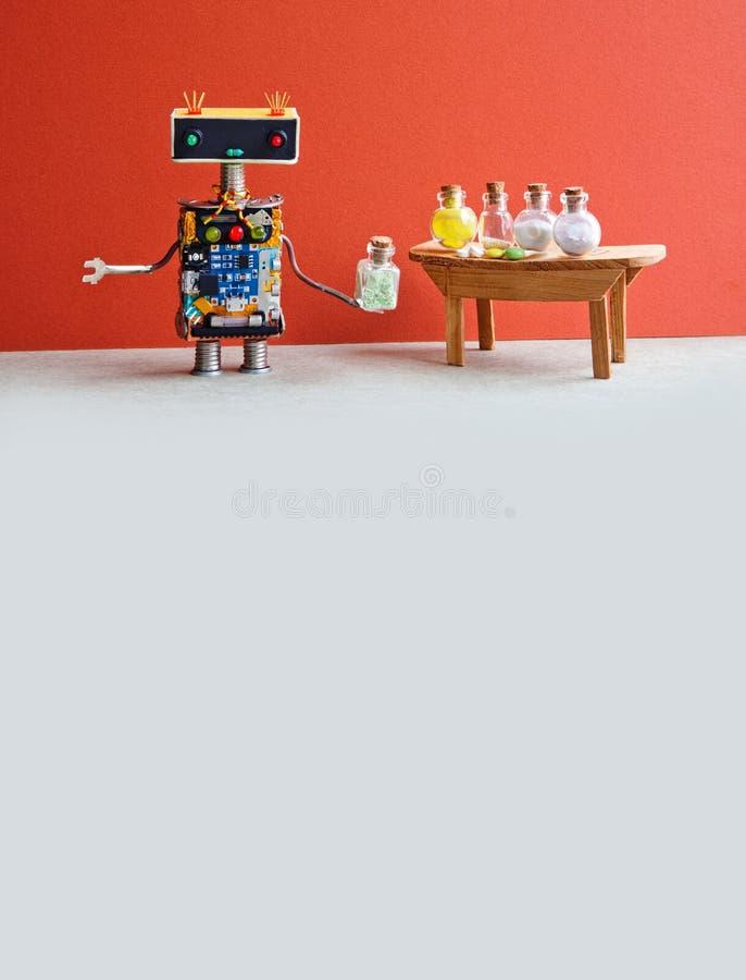 Farmacêutico do médico do robô que testa comprimidos modernos nas garrafas de vidro Interior criativo do laboratório do projeto P imagens de stock