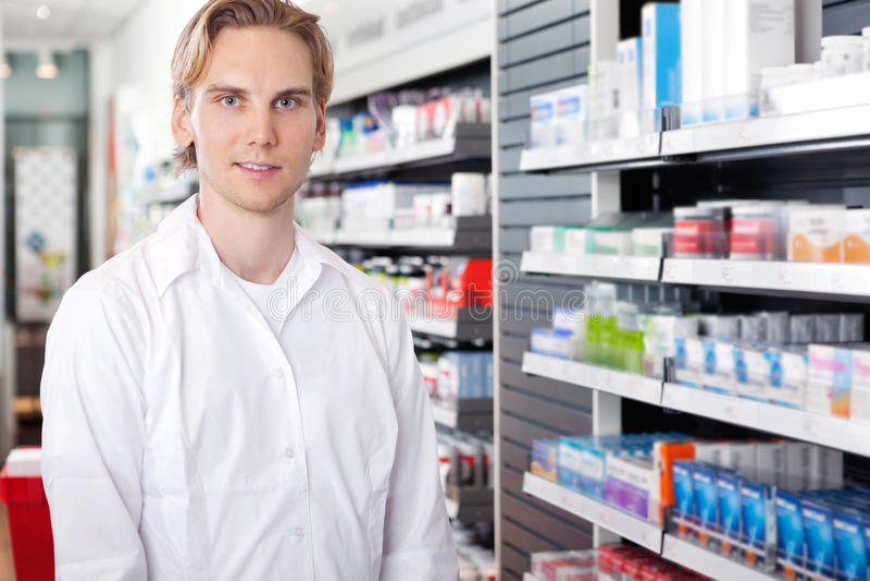 farmaceuta męski portret fotografia stock