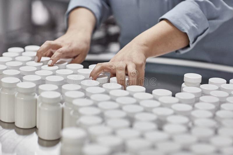 Farmaceutische nutraceutical het samenstellen verpakkende capsules royalty-vrije stock foto's