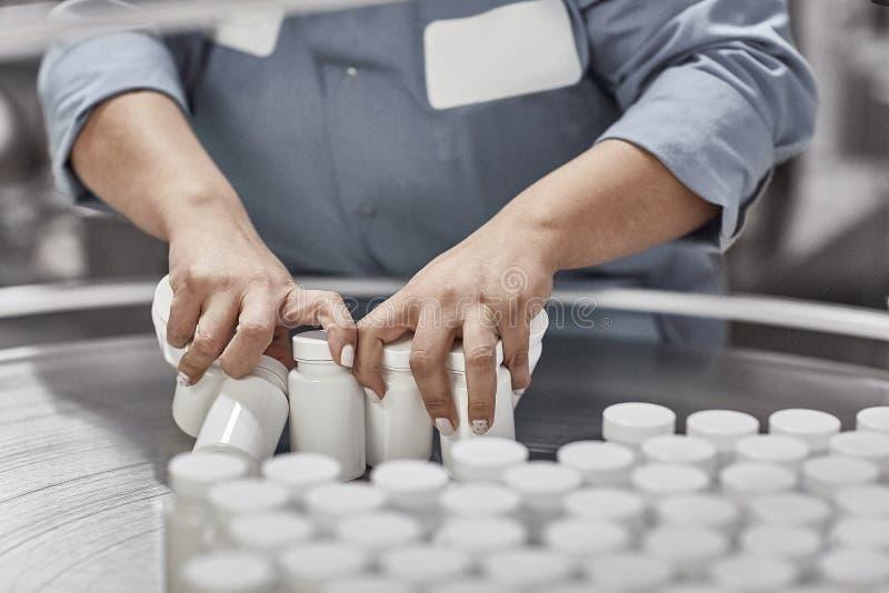 Farmaceutische nutraceutical het samenstellen verpakkende capsules stock afbeeldingen
