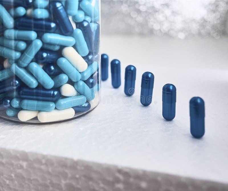 Farmaceutiskt nutraceutical blanda förpacka royaltyfria foton