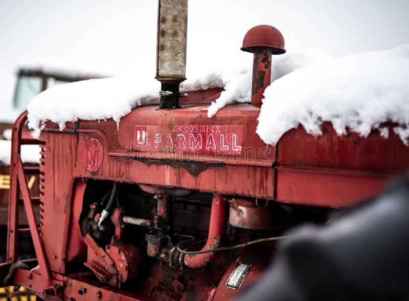 Farmall拖拉机的颜色图象 库存照片