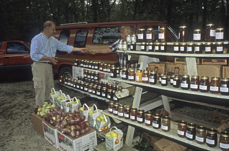 Download Farmer Selling At Roadside Stand Editorial Stock Image - Image: 22684249