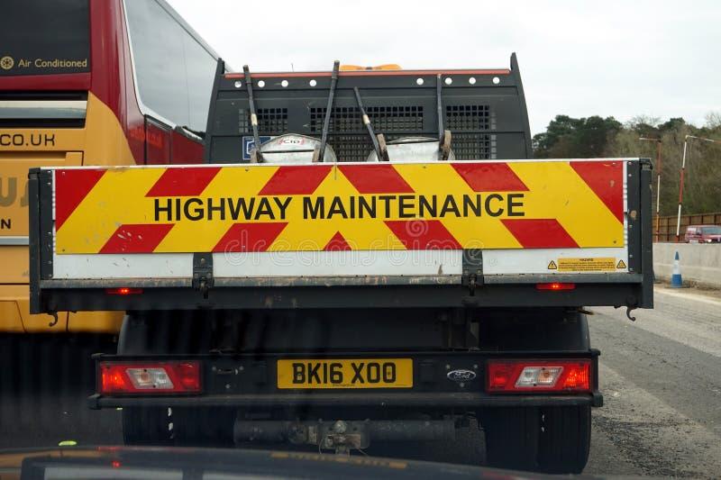 Farnborough, Reino Unido - 28 de março de 2017: Parte traseira de uma estrada BRITÂNICA Maintena fotos de stock royalty free